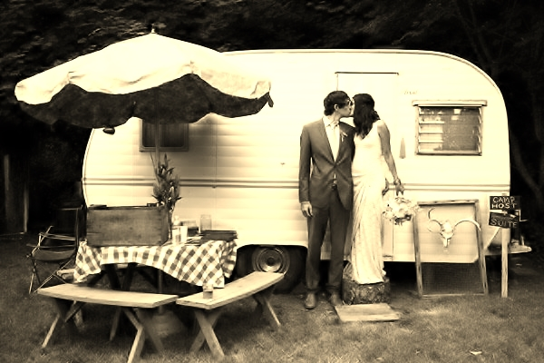 camper-wedding2