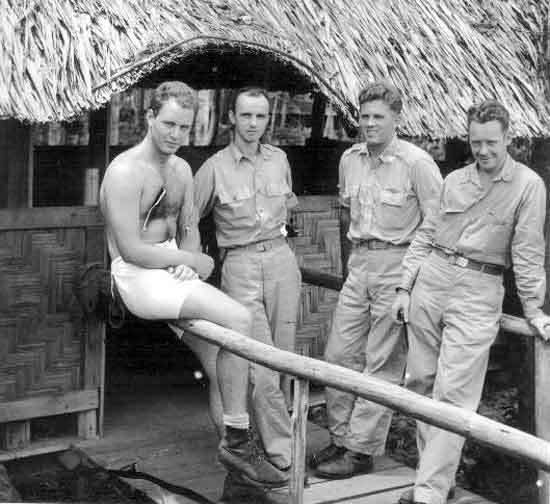 Military-Men-vintage-beefcake-15920953-550-504