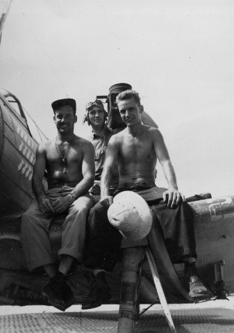 Military-Men-vintage-beefcake-25413473-492-700